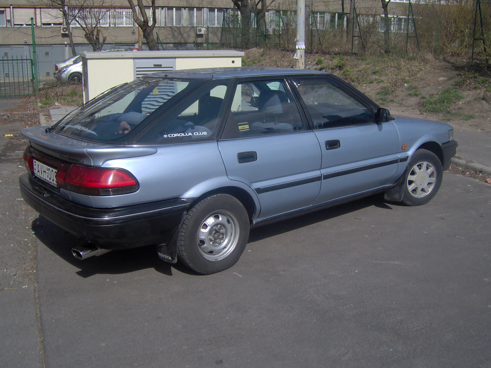 Toyota Corolla 1.6 107hp AT