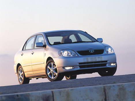 Toyota Corolla 1.6 86hp MT
