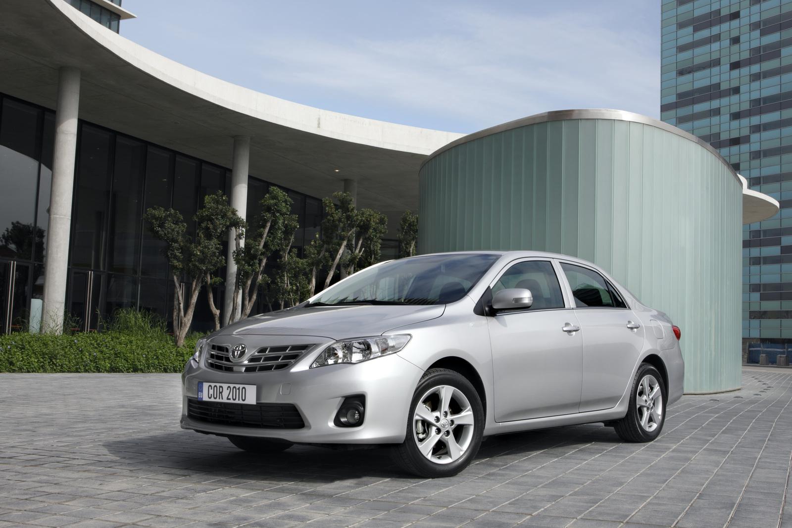 Toyota Corolla 1.6 MT Elegans