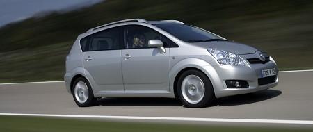 Toyota Corolla 2.2 D MT