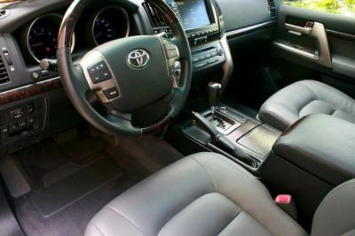 Toyota Gxr limited fully loaded