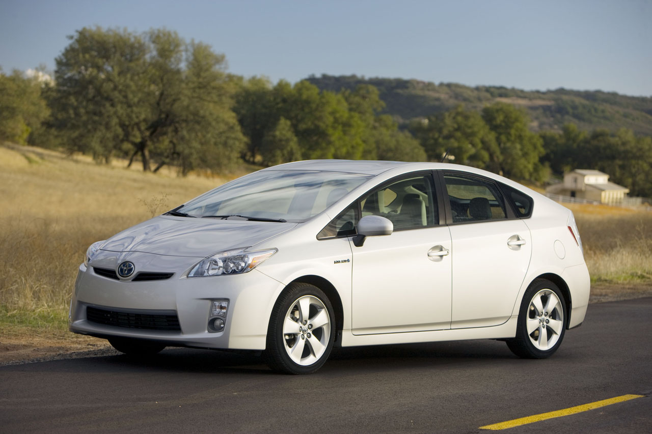 Toyota Prius 1.8L Automatic Exclusive