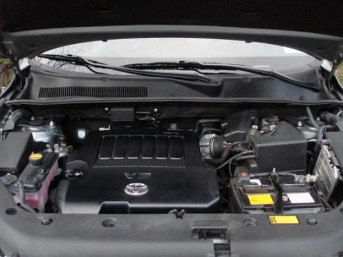Toyota RAV4 Limited V6 4x4