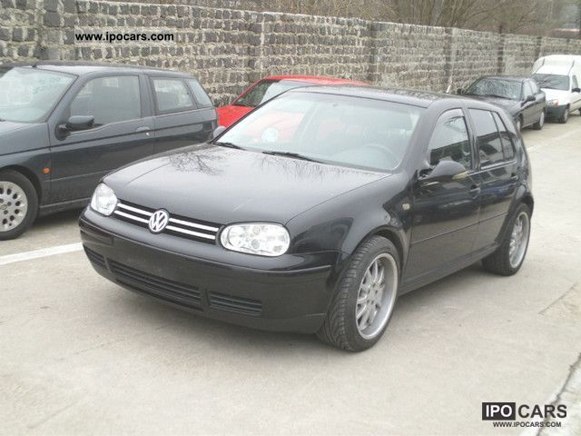 Volkswagen Golf 2.3