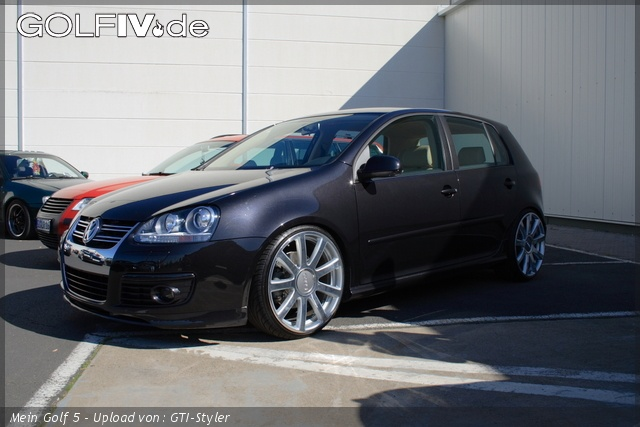 Volkswagen Golf 5 2.0 FSi Sportline