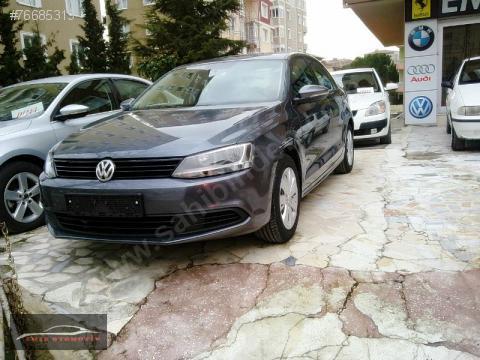 Volkswagen Jetta 1.6 MT Trendline