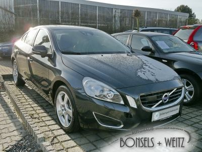 Volvo S60 2.4 D5 AWD AT Summum