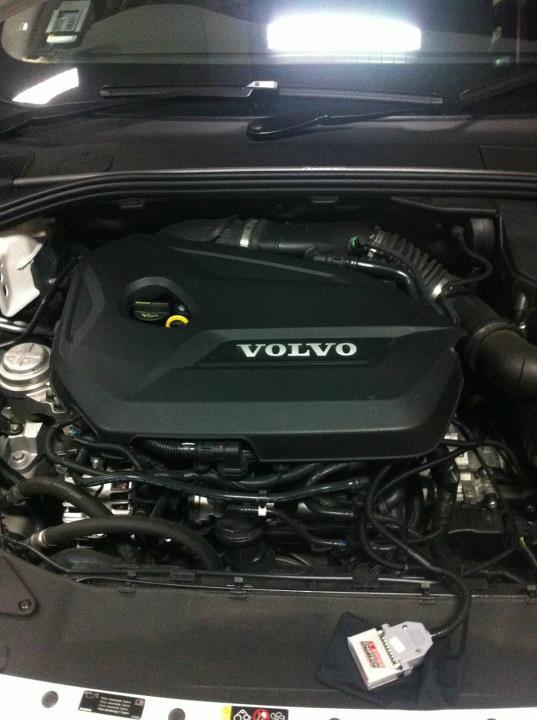 Volvo V60 T4