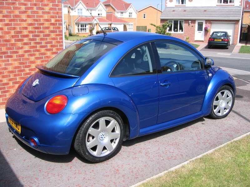Volkswagen Beetle 2.3 V5
