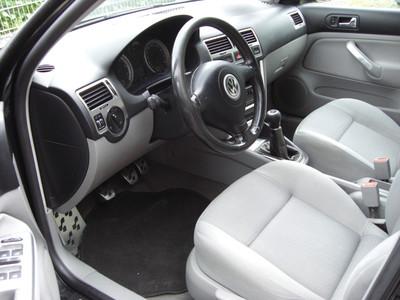 Volkswagen Bora 1.6 FSi Variant