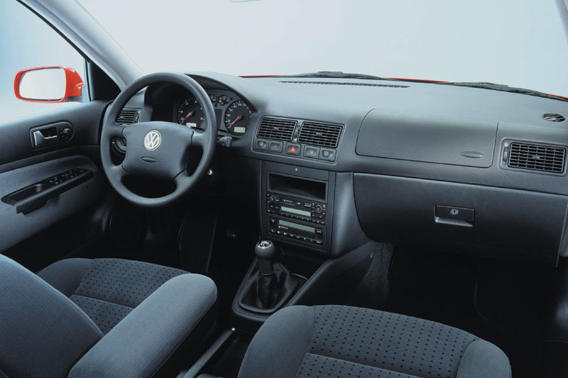 Volkswagen Golf 1.6 16V