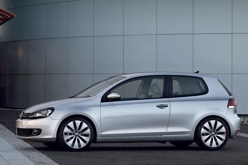 Volkswagen Golf 1.6 MT Trendline