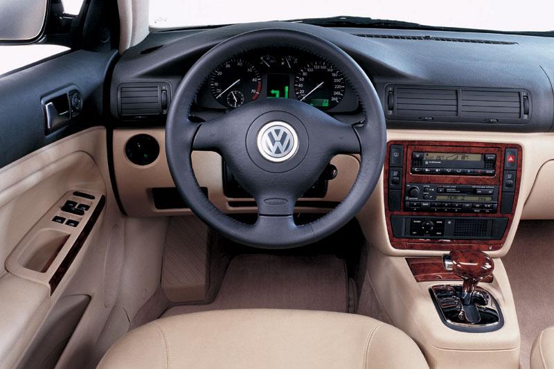 Volkswagen Passat 1.9 TDI AT