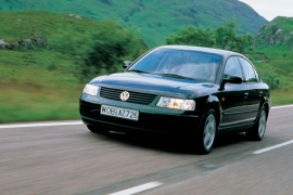 Volkswagen Passat 2.3 VR5 AT