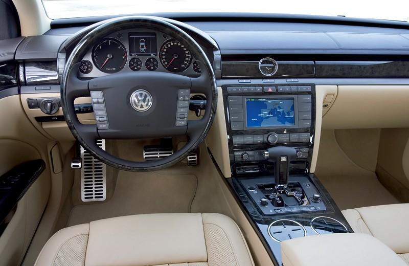 Volkswagen Phaeton V8