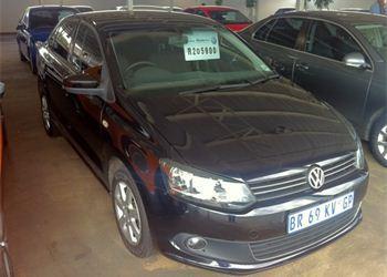 Volkswagen Polo Sedan 1.6 AT Comfortline