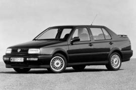 Volkswagen Vento 1.8 AT