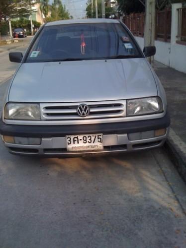 Volkswagen Vento 1.8 MT