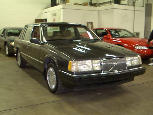 Volvo 760 2.3 Turbo