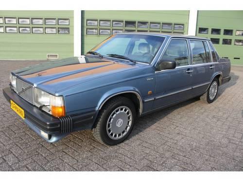 Volvo 760 2.8