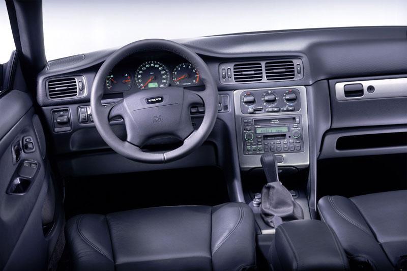 Volvo C70 2.4 T Convertible Automatic