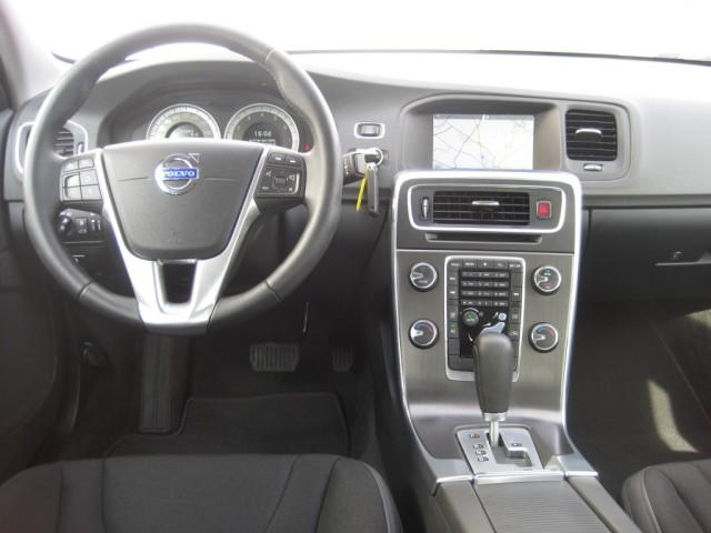 Volvo S60 1.6 T4 AT Momentum