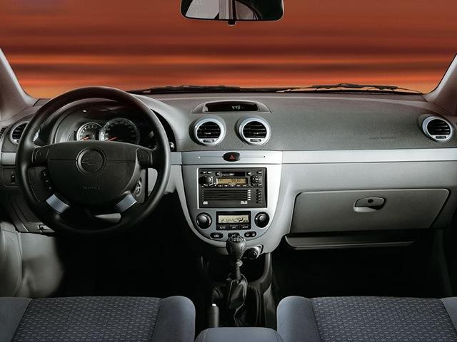 Chevrolet Lacetti 1.6 MT SX (1XL35I2GJ)