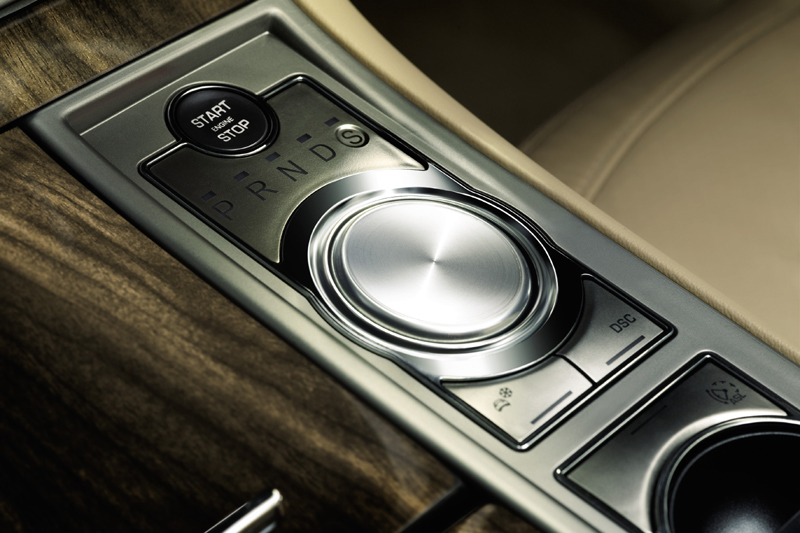 Jaguar XF 2.7 D V6