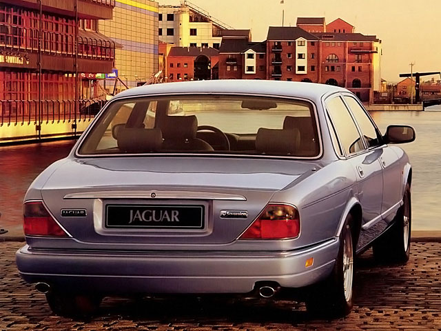 Jaguar XJ XJ6 4.0 i 24V Classic Sovereign