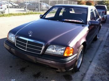 Mercedes-Benz E E 280 long (124.029) AT