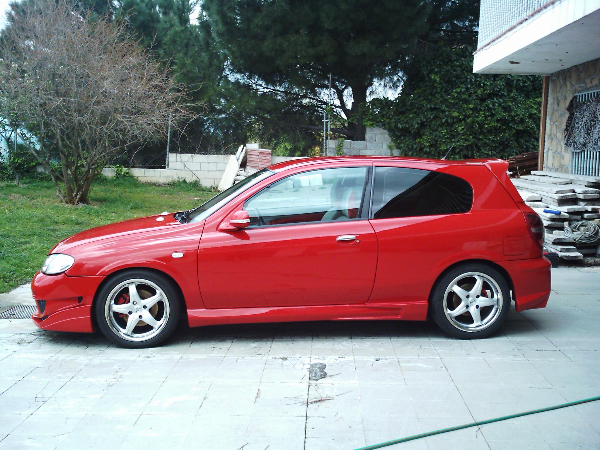 Nissan Almera 2.2 Di