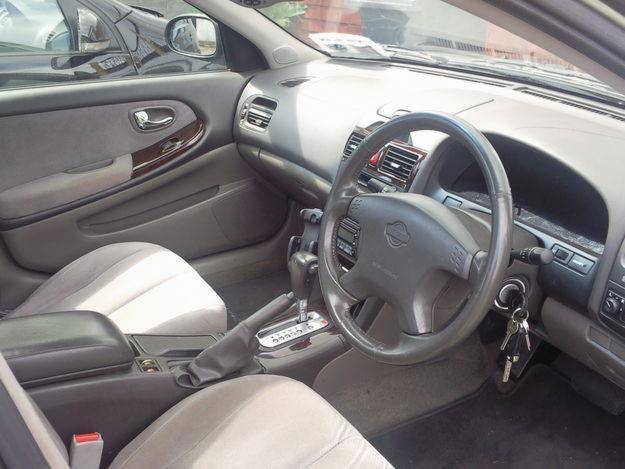 Nissan Maxima 2.0