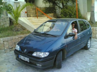 Renault Megane Scenic 1.6 RT Automatic