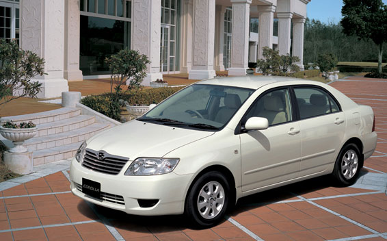 Toyota Corolla 1.3 MT