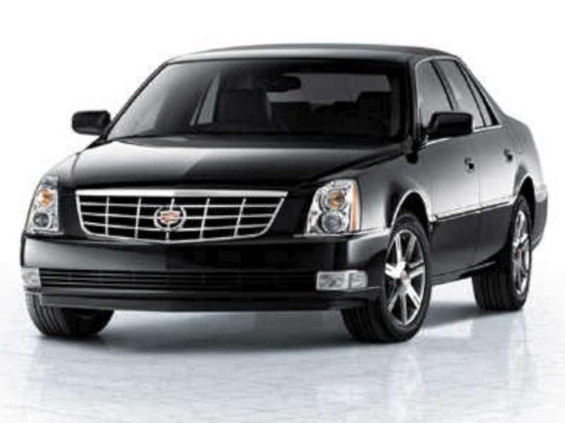 Cadillac DTS V8