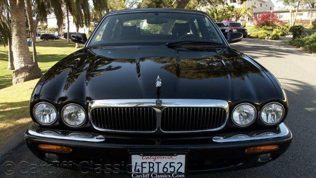 Jaguar XJ8 L