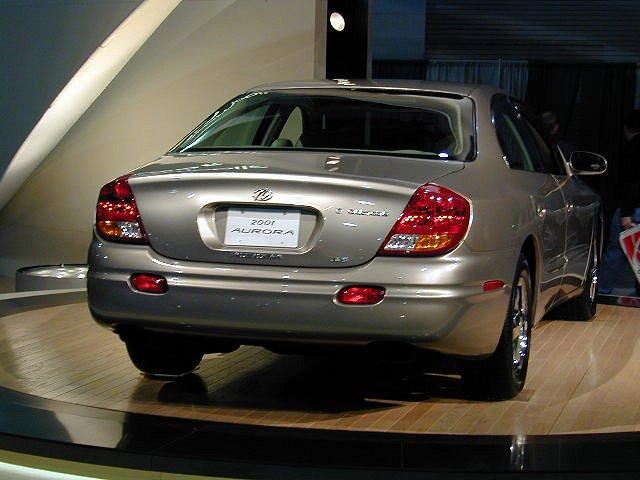 Oldsmobile Alero 2.2 16V AT