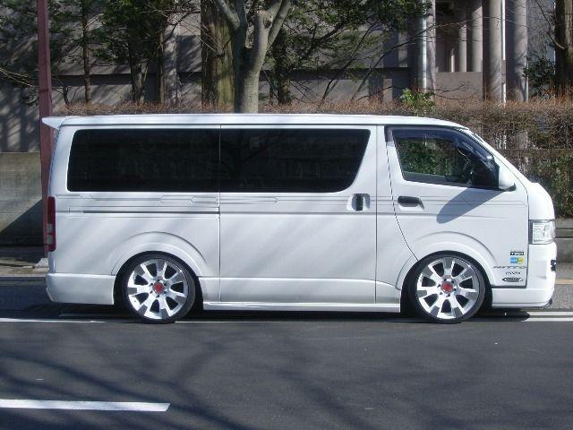 Toyota Hi-Ace